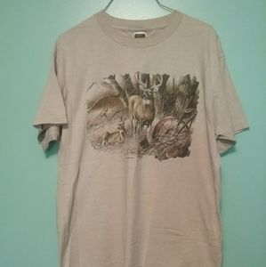 Men's T-shirt with Buck and 2 does